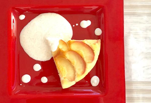 お手軽キレイ! リンゴのホットケーキタタン