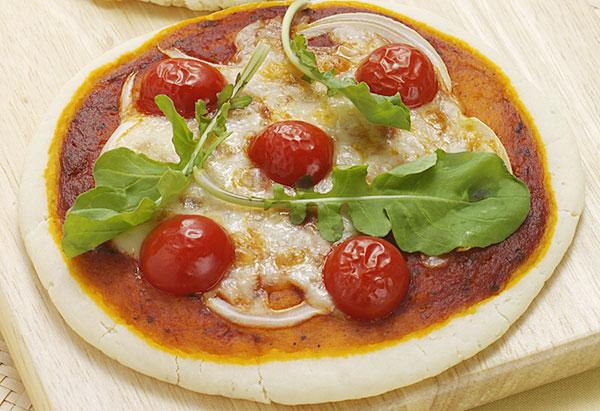 チーズさくっとピザ