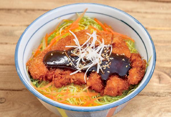 愛知県「野菜たっぷり味噌カツ丼」JAあいち女性協議会