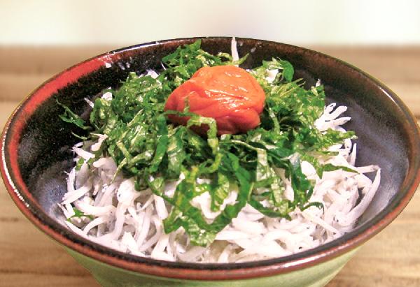 和歌山県「梅しらす丼」和歌山県JA女性組織連絡会