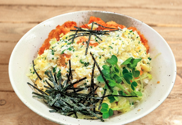 大分県「チキン・タルタルソース丼」JAおおいた 南部事業部 野津女性部
