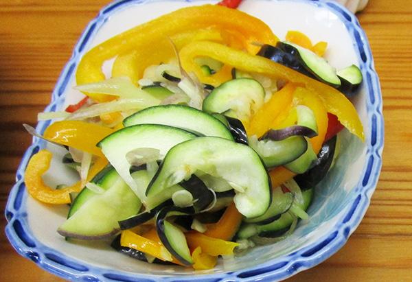 高知県「たっぷり夏野菜とじゃこの浅漬け」JA高知市女性部 五台山支部