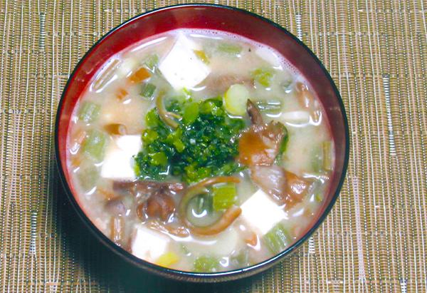 秋田県「納豆汁」JA秋田かづの女性部