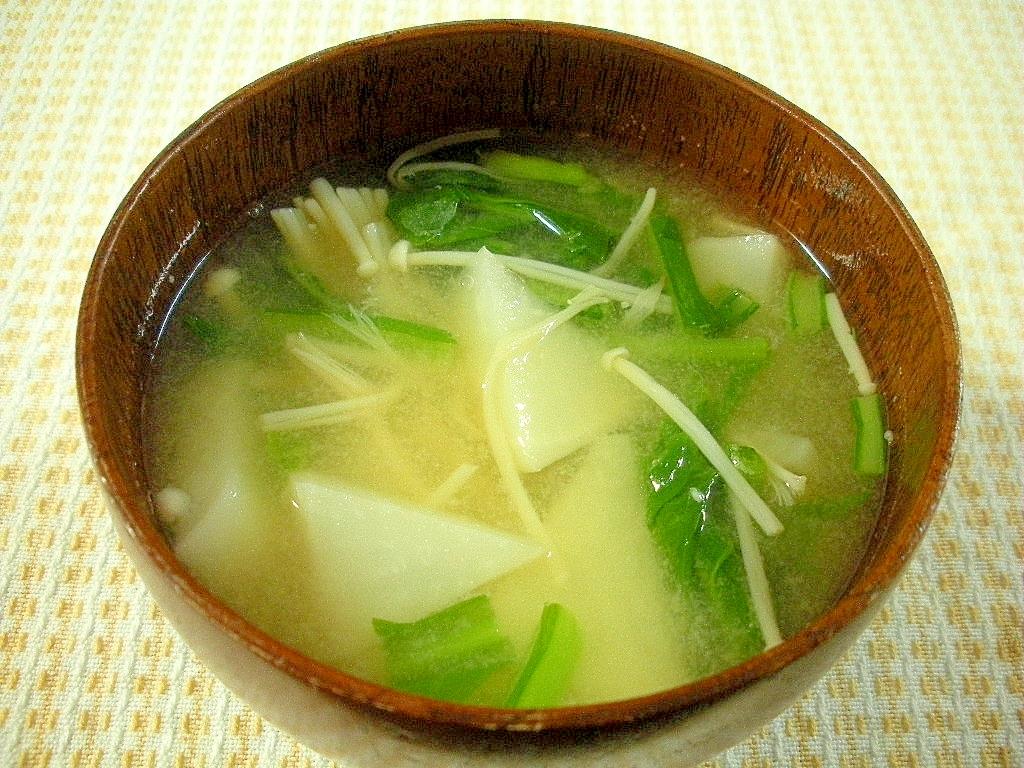☆カブとエノキタケの味噌汁☆