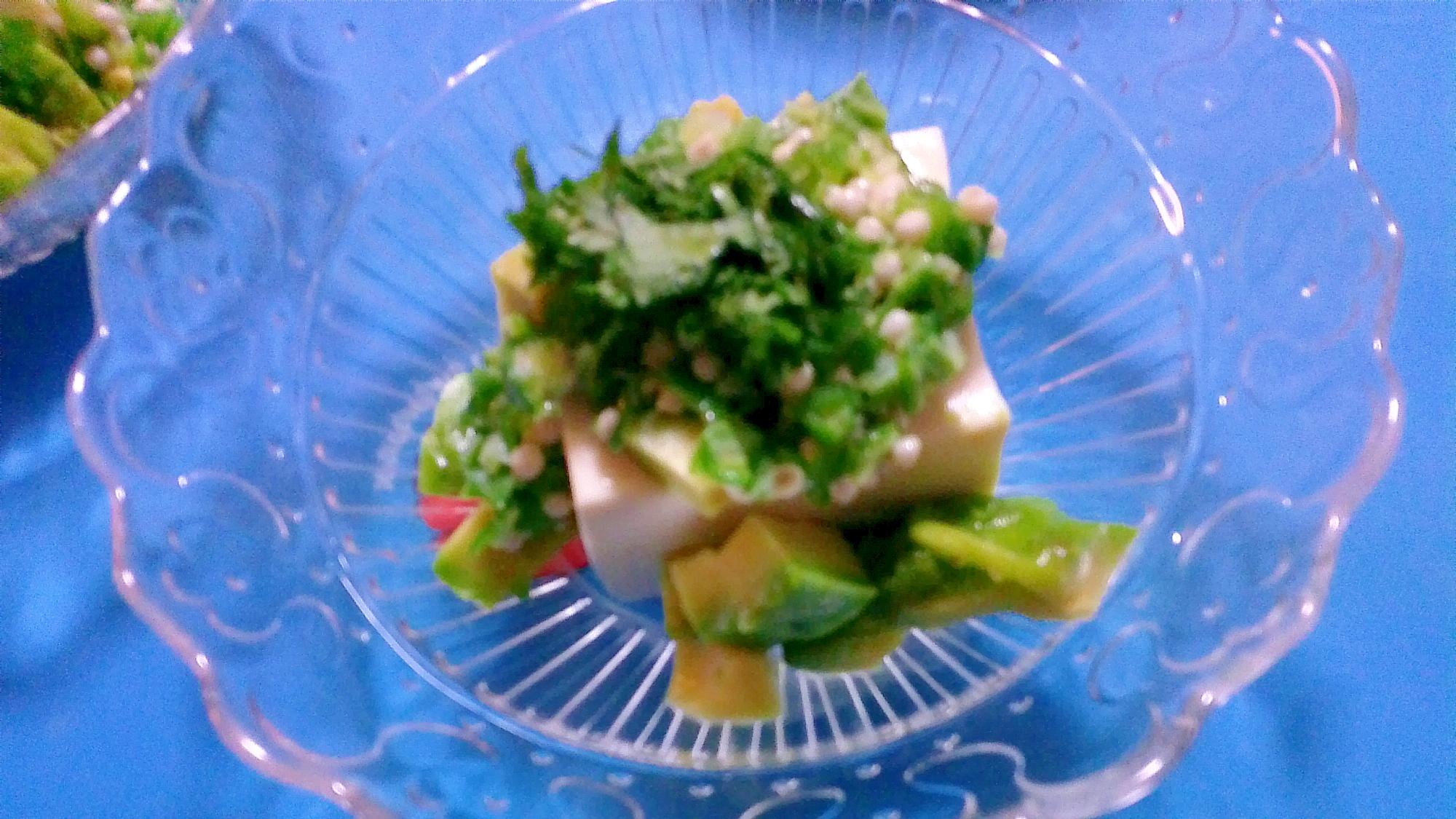 オクラとアボカドの大葉豆腐