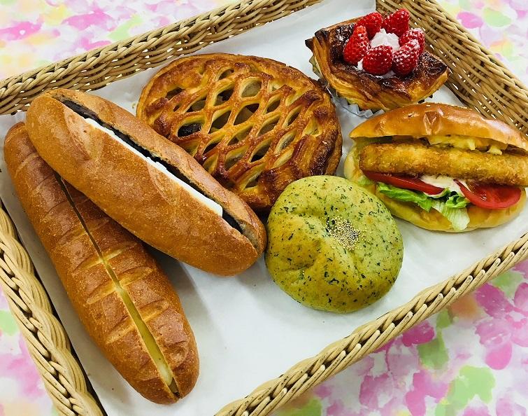地元産米粉パン